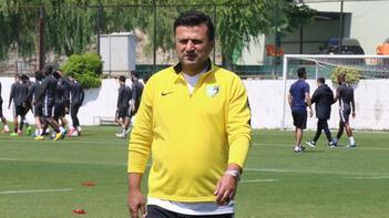 Bülent Uygun'dan sitem: Bu işin emekçisi olan futbolcular ve teknik direktörlerle konuşulmadı