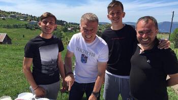 Başkan Ağaoğlu, 2 genç futbolcuyu ziyaret etti