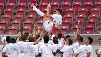Mario Gomez kariyerini golle bitirdi! Beşiktaş'tan paylaşım...