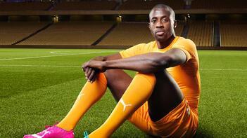 Yaya Toure 4. Lig ekibi Leyton Orient'te antrenmanlara çıkıyor