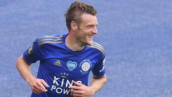 Leicester Cityli Vardy, Premier Lig tarihinin en yaşlı gol kralı oldu!