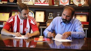 Son dakika transfer haberleri | Sivasspor, Jorge Felix'le 2 yıllık sözleşme imzaladı