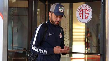 Antalyaspor'da Charles Silva ile yollar ayrıldı