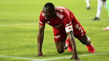 Sivasspor, Arouna Kone ile yeniden anlaştı