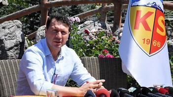 Kayserispor'da Bayram Bektaş teknik ekibini belirledi