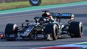 Formula 1'de olaylı yarışı Hamilton kazandı!