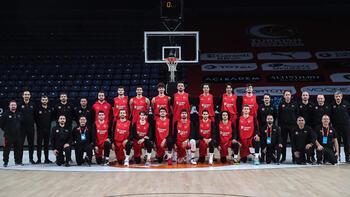 A Milli Erkek Basketbol Takımında Orhun Ene ilk idmanına çıktı