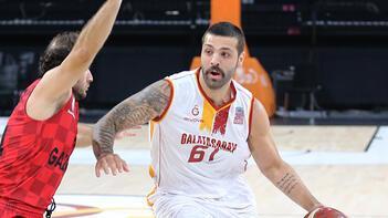 A Milli Erkek Basketbol Takımı aday kadrosuna iki oyuncu dahil edildi