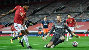 Son Dakika | Manchester United - Medipol Başakşehir maçına damga vuran hata Mert Günok...