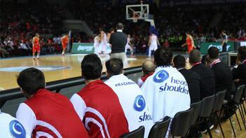 Türkiye A Milli Erkek Basketbol Takımına dev destek