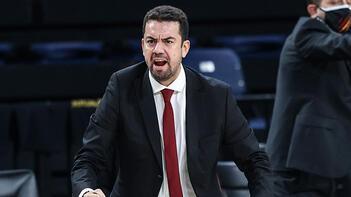 Son dakika: Galatasaray'da Ömer Uğurata ile yollar ayrıldı