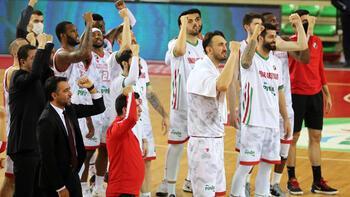 Pınar Karşıyaka, İtalya'dan galibiyetle döndü