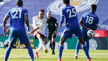 Leicester City, sahasında Arsenal'e mağlup oldu