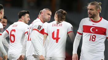 Son dakika haberi - Hollanda zaferi sonrası şaşırtan olayı açıkladı! Caner Erkin...