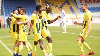 Menemenspor, TFF 1. Lig'de yarın İstanbulspor'a konuk olacak