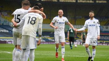 Tottenham, Leeds United deplasmanından puan çıkaramadı