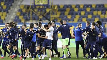 Son dakika - Fenerbahçe kenetlendi! O görüntü son şampiyonluğu hatırlattı