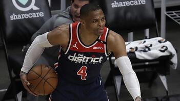 Russell Westbrook, NBA tarihinin 'triple double' rekorunu kırdı