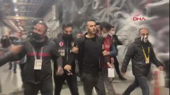 Son dakika - Beşiktaşta Rachid Ghezzalın menajeri maç sonunda gözaltına alındı