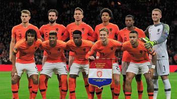 Hollanda'nın EURO 2020 kadrosu belli oldu