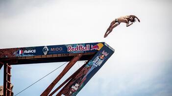 Red Bull Cliff Diving'de heyecan Fransa'da başladı