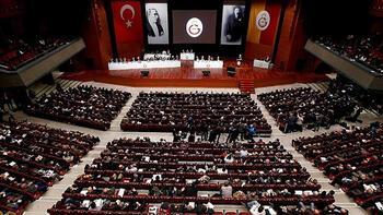 Son dakika - Galatasaray kulübü başkanını seçiyor İşte ilk sonuçlar...