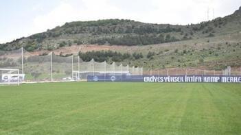 Kayserispor ile Samsunspor hazırlık maçında karşı karşıya gelecek