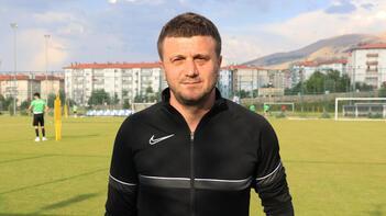 Hakan Keleş: Transferde kaleci, sağ ve sol beke Türk futbolcu düşünüyorum