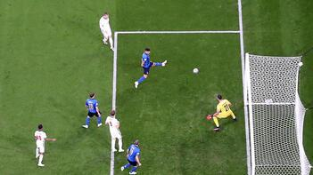 EURO 2020'de Luke Shaw'dan tarihi gol