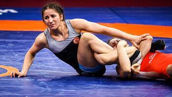 Genç kadın güreşçilerin hedefi dünya şampiyonluğu