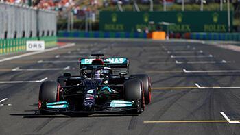 Pole pozisyonu Lewis Hamilton'ın