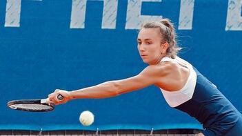 Milli tenisçi İpek Öz, İsviçre'de TCCB Açık Turnuvası'nı ikinci tamamladı