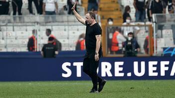 Son dakika haberi: Beşiktaştan Ajax maçı öncesi sürpriz karar