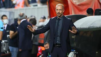 Son dakika haberi: Nestor El Maestro'dan mağlubiyet itirafı