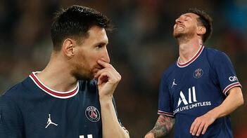 Son dakika haberi: PSG-Lyon maçına damga vuran olay! Lionel Messi'nin o hareketi Avrupa'da manşet oldu: 'Öfke dolu, sinirli!'