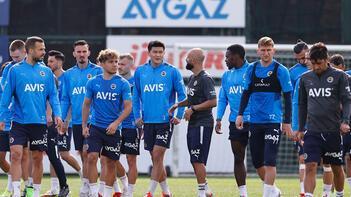 Fenerbahçe, Süper Lig'de yarın Trabzonspor'a konuk olacak