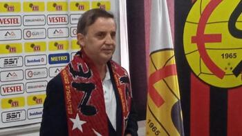 Eskişehirspor'un yeni teknik direktörü Suat Kaya