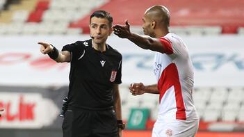 Beşiktaş-Galatasaray derbisinin VAR hakemi Mete Kalkavan