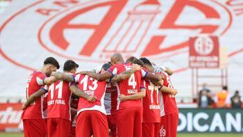 Antalyasporda galibiyet özlemi 4 haftaya çıktı