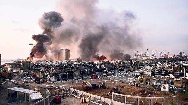 Beyrut Limanı patlaması soruşturmasının sonuçlanmaması protesto edildi
