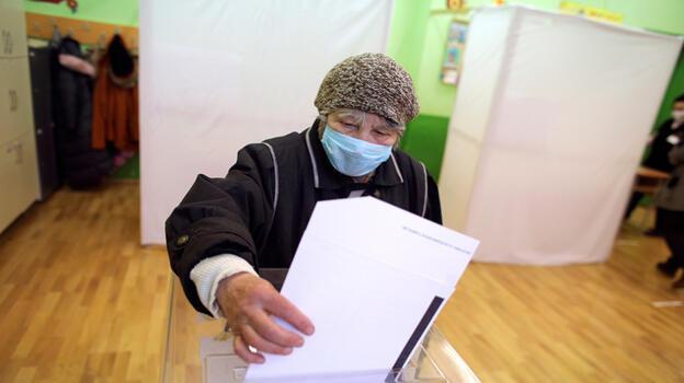 Bulgaristan'da kesin seçim sonuçları açıklandı: Koalisyon!