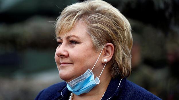 Norveç'te Kovid-19 kısıtlamalarını ihlal eden Başbakan Erna Solberg'e para cezası verildi