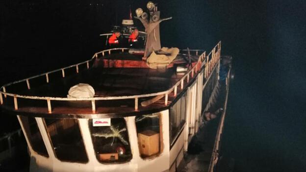 Van Gölü'nde, teknede 20 kaçak göçmen yakalandı