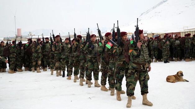 Son dakika... Afganistan'da Taliban saldırısında 9 güvenlik görevlisi öldü!