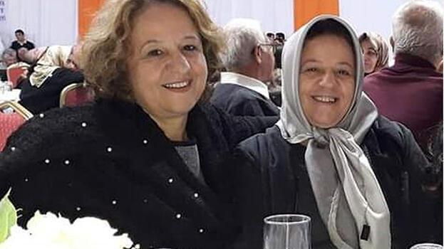 İkiz kız kardeşler aynı gün koronavirüsten öldü