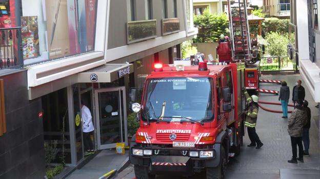 Son dakika: İstanbul'da yangın paniği! 1'i ağır 3 yaralı...