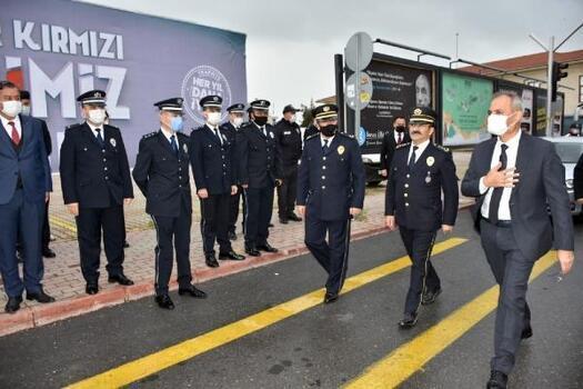 Başkan Bozdoğan'dan görev başındaki polislere sürpriz ziyaret