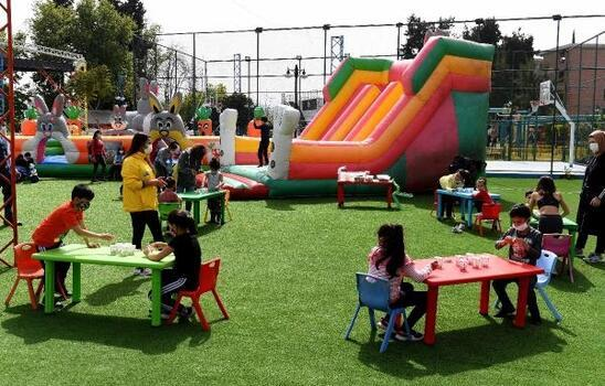 Çocuklar Teneffüs Park'ta