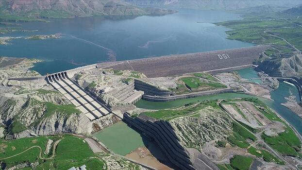 DSİ baraj gölleriyle Türkiye'nin balık üretimine katkı sağlıyor