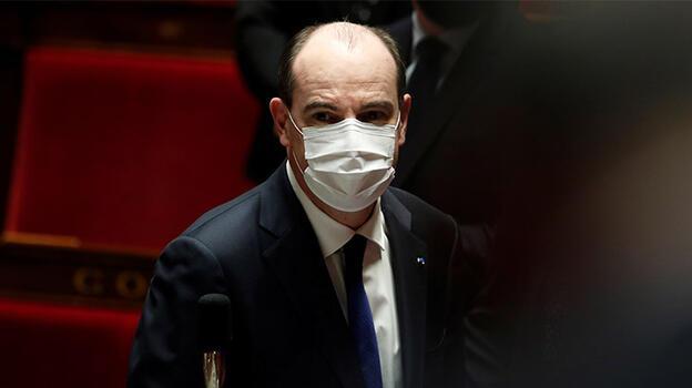 Fransız Başbakan, sert açıklamaların geldiği Cezayir'e ziyaretini iptal etti